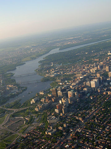 Ottawa - Image Credit: http://upload.wikimedia.org/wikipedia/commons/thumb/1/17/Hot_Air_Balloon_ride_Ottawa_II.jpg/359px-Hot_Air_Balloon_ride_Ottawa_II.jpg