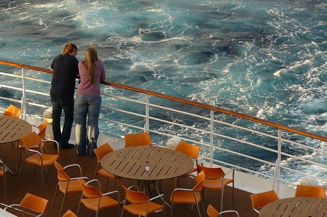 Couple on a Cruise - Image Credit: http://pixabay.com/en/users/cocoparisienne-127419/
